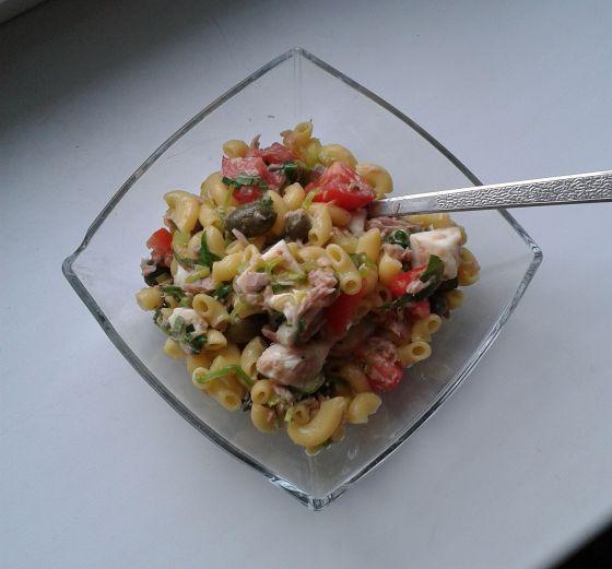 testovinovy_salat_s_tunakem_a_porkem