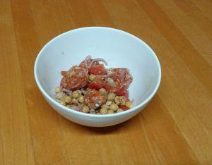 salat_s_cizrnou_a_chorizem